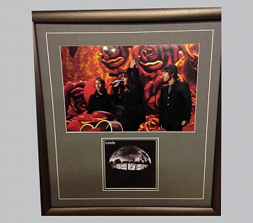 Oasis Signed Rock Music Collectible